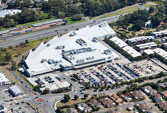 DFO Jindalee features 80 retailers and space for more than 900 cars.