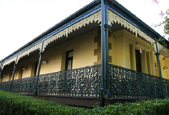 The heritage-listed Pacific Lodge building must be retained in any development.