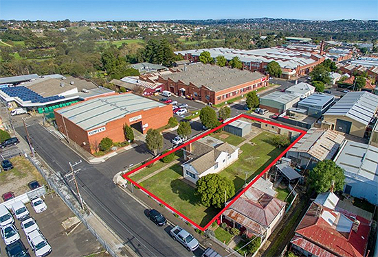 This corner site in Newtown sold for almost twice its $620,000 reserve price.