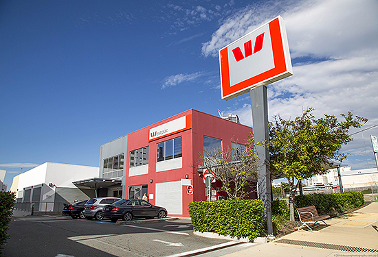 A Southport building leased to Westpac will be auctioned.