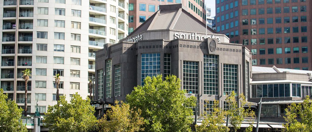 Dexus has sold the Southgate Complex in Melbourne.