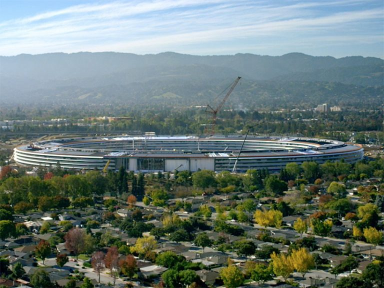 Apple closes in on Apple Park opening