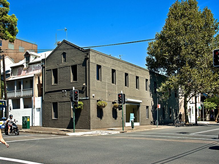 Dentists, lawyers, cleaners battle for Darlinghurst warehouse