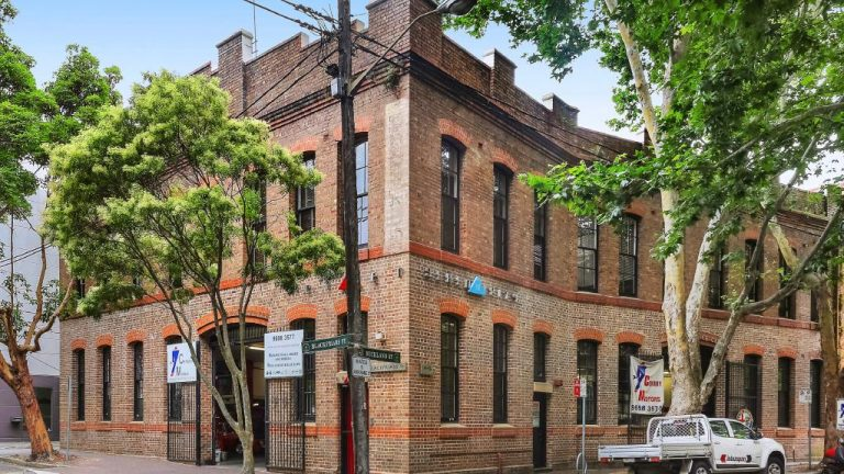 1100% windfall for Chippendale warehouse owners