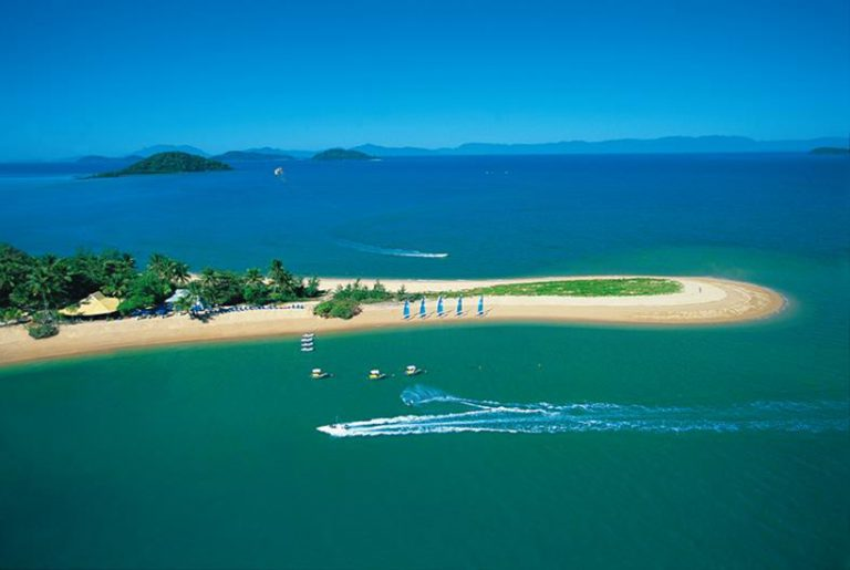 Cryptocurrency group makes move to buy Dunk Island