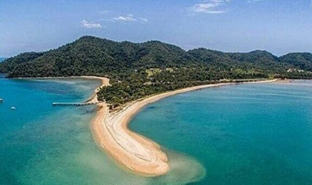 Islands back in vogue as Dunk Island prepares for overhaul