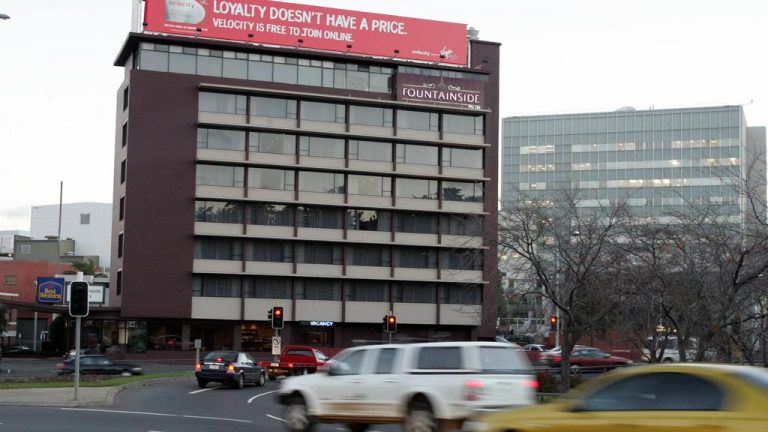 UTAS buys Hobart hotel to house students