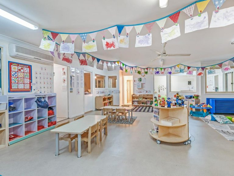 Kenthurst kindergarten sold with house included