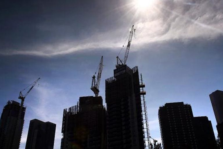 Chinese bail out of apartment projects