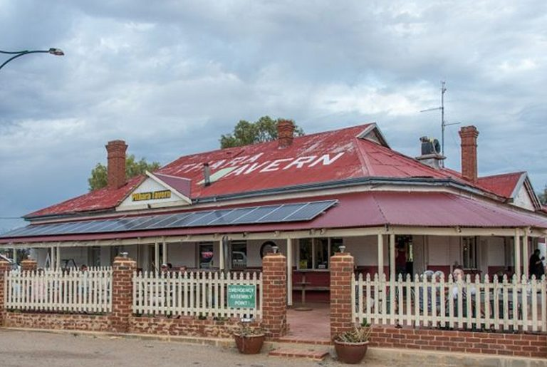 102-year-old WA country pub yours for the taking
