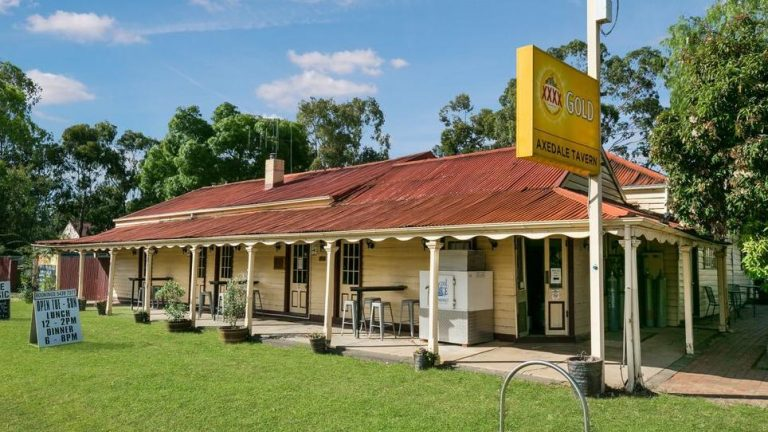 Raised arms expected at Axedale Tavern auction