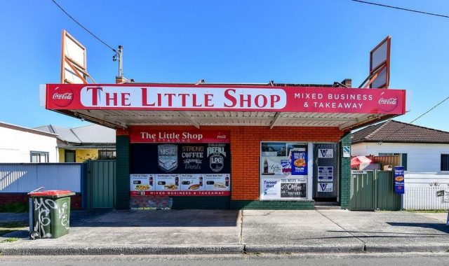 Business comes free at Ettalong Beach's Little Shop