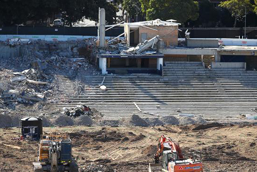 Lawsuit threatens to derail Sydney Football Stadium rebuild