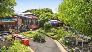 Options aplenty at Queenscliff cafe, gallery and B&B