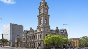 First groups inspect old Geelong Post Office as icon hits the market