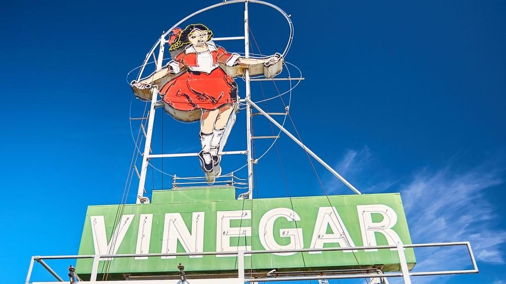 For the first time in more than 30 years, Melbourne's Skipping Girl Vinegar sign is set to get a new owner.