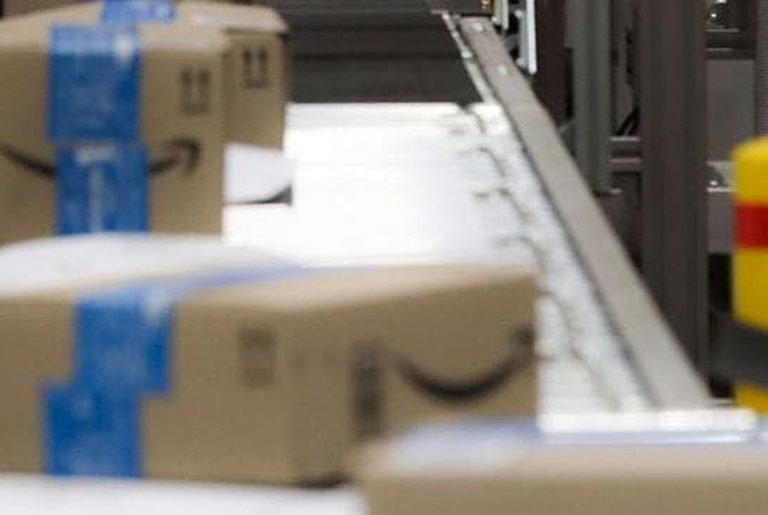 Amazon ramps up robots at new western Sydney facility