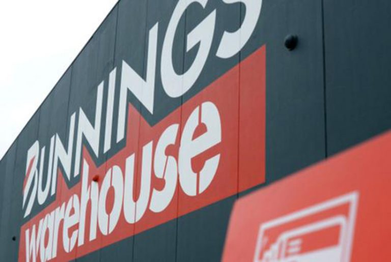 Bunnings owner plots lockdown course