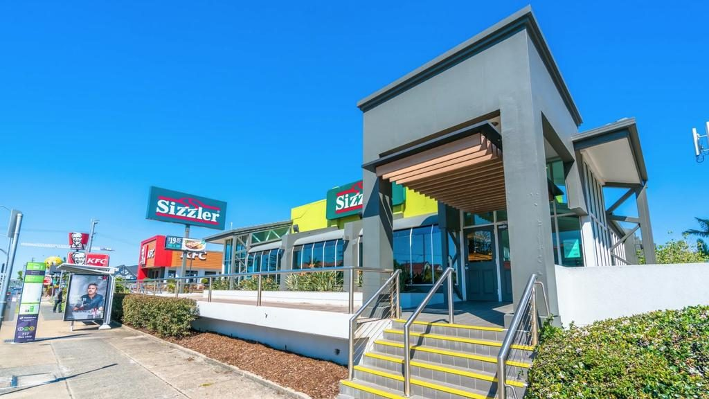 The Sizzler restaurant at Mermaid Beach.