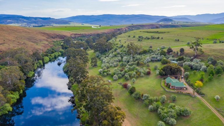 Remote Tasmanian oasis offers farming and tourism opportunities
