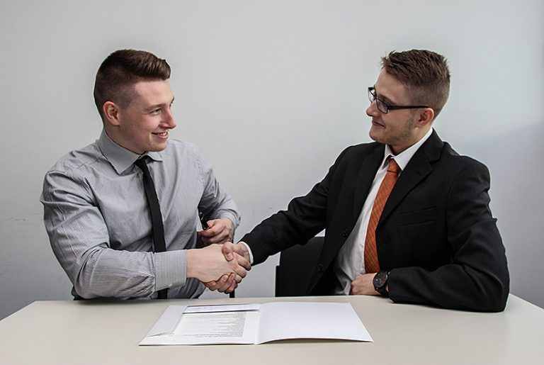 How to become a Commercial Real Estate Agent