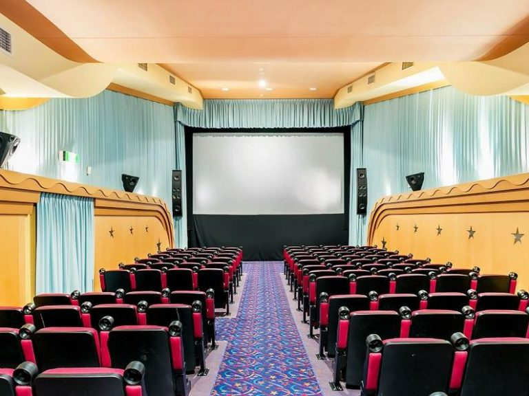 Semaphore's historic Odeon Star cinemas listed for sale and lease