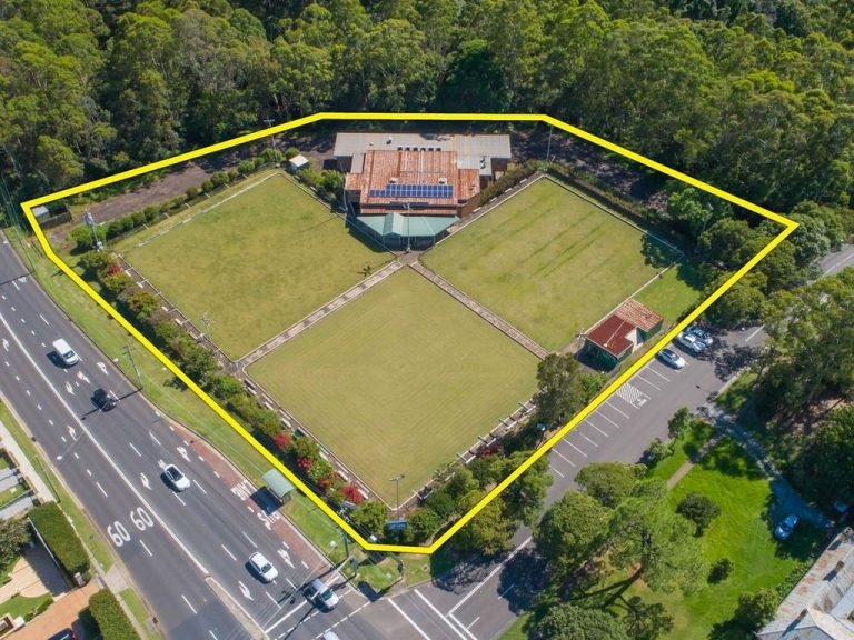 Bowling club in Eastwood set for development comes to market