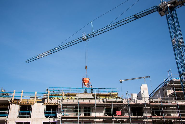Apartment builders are 'kidding themselves' if they start projects now