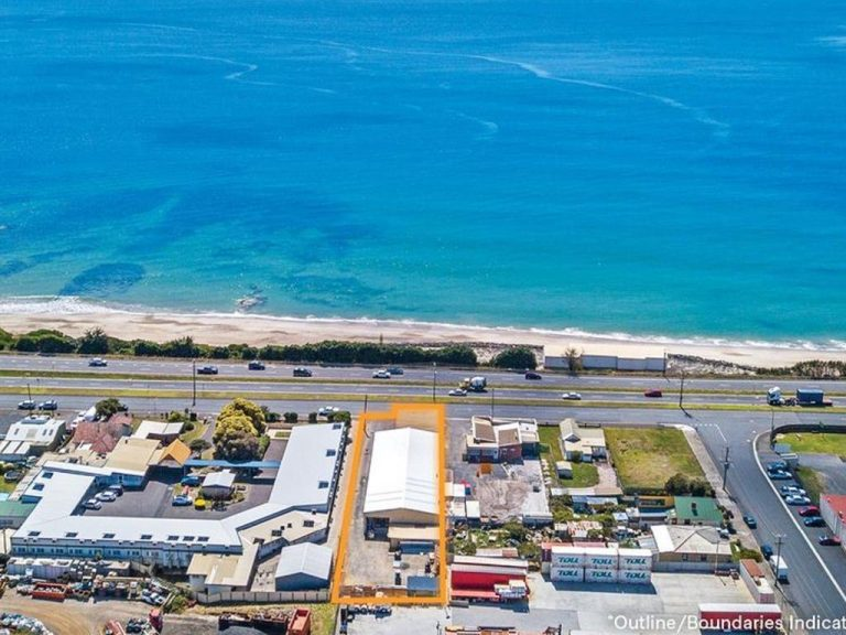 Melbourne bidders snap up Nubco properties