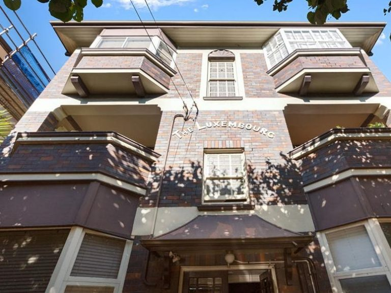 Coogee block of Art Deco flats The Luxembourg attracts 250 inquiries in two days